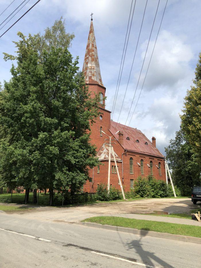 церковь святого петра печоры