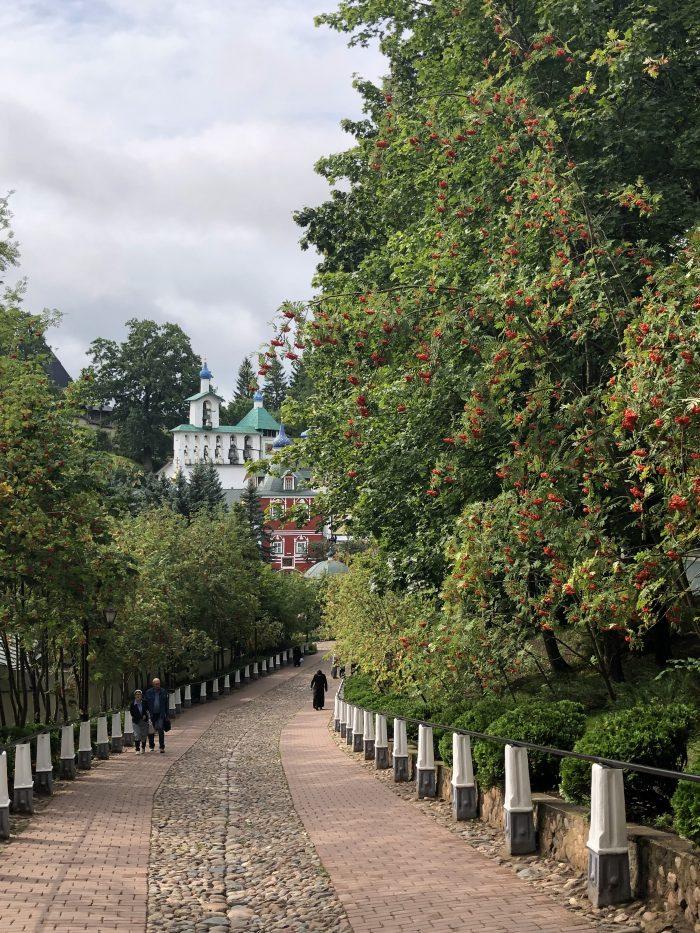 фото монастырь в Печорах