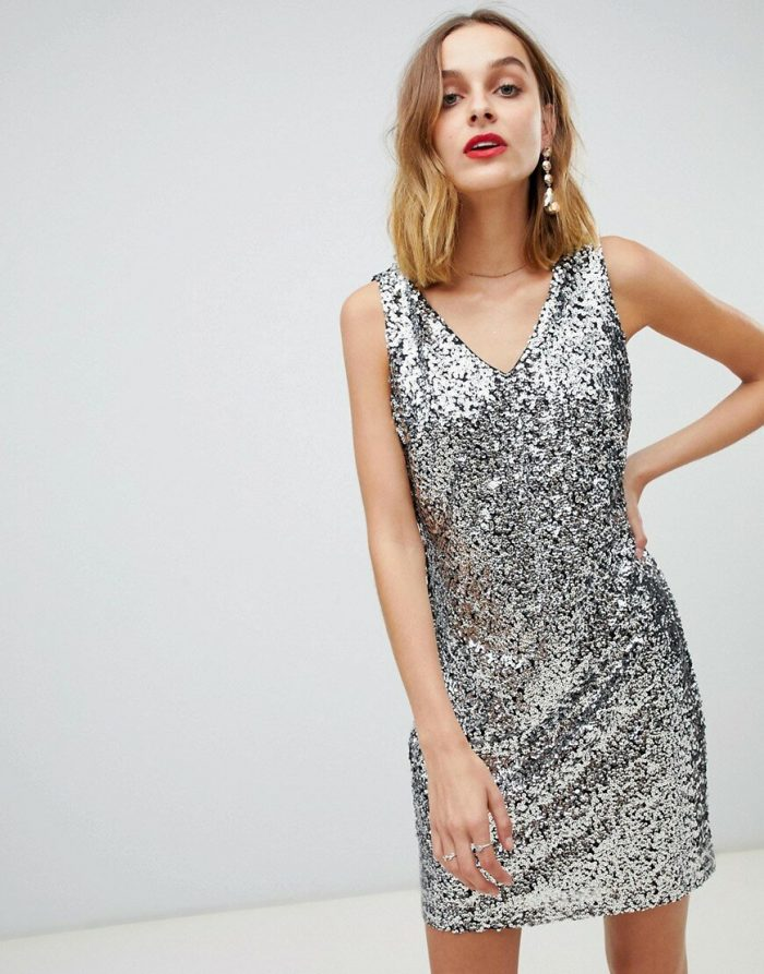 серебристое платье на новый год
