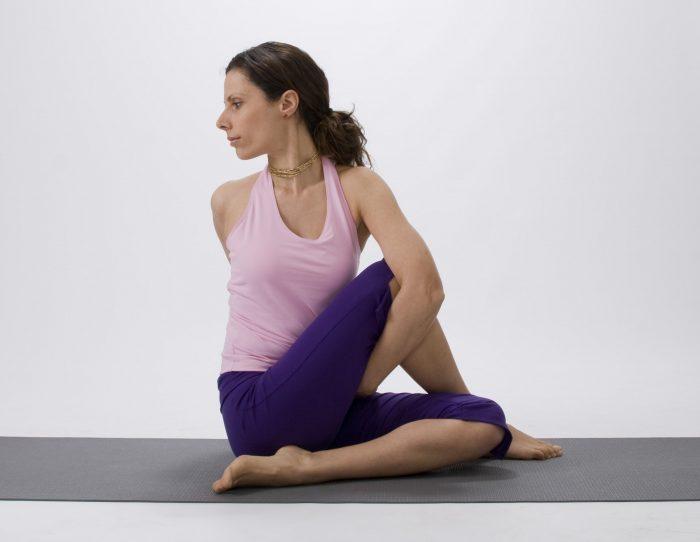 Матсьендрасана или скрутка в йоге