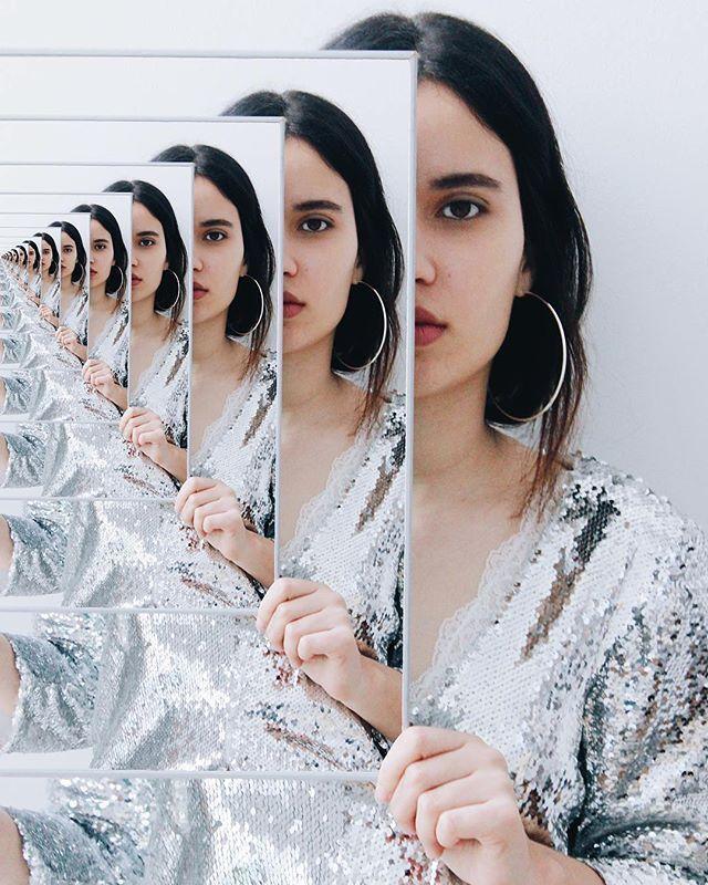 Как сделать зеркальное селфи на телефоне