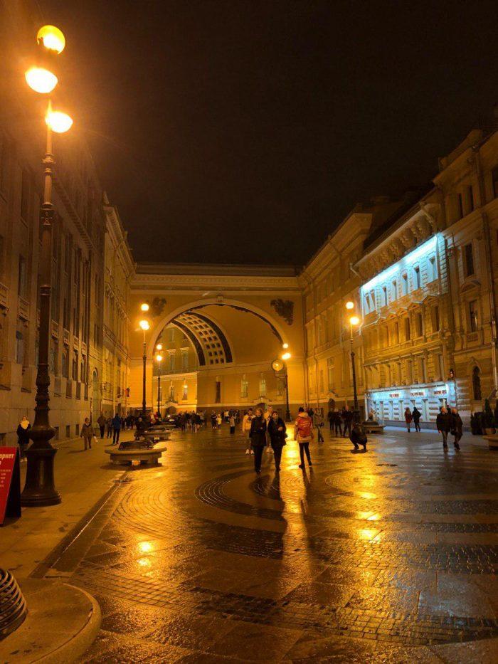улица большая морская и триумфальная арка