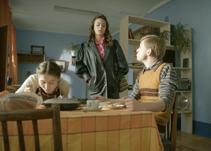 Лучшие современные русские сериалы про 90-ые