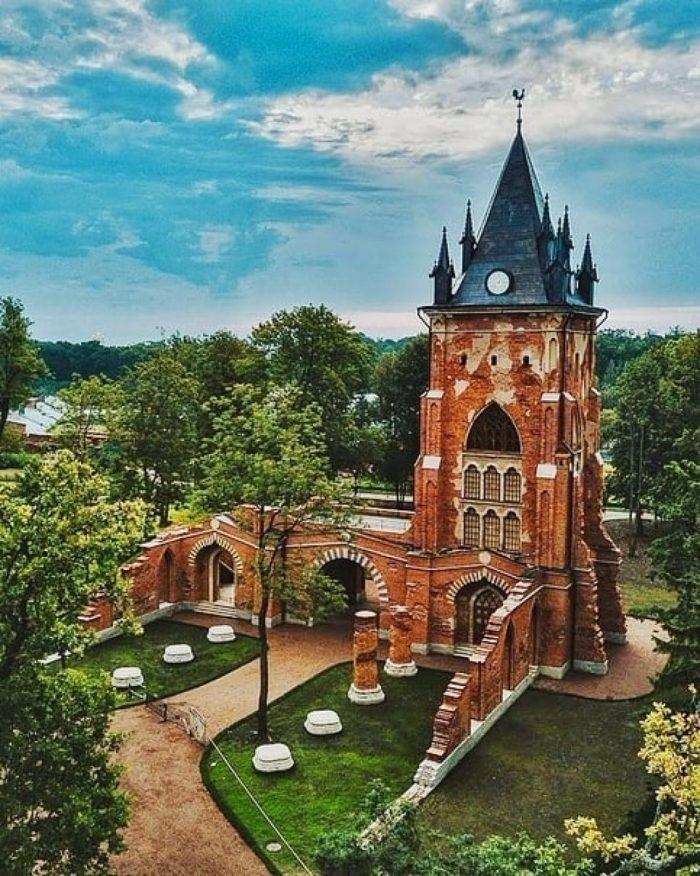 готические места в пушкине