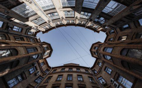 Интересные дворы-колодцы Санкт-Петербурга