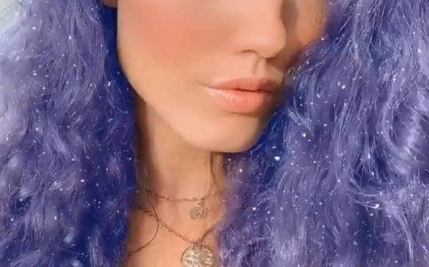 Маска в инстаграме с блестками на волосах