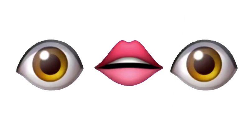 Маска с мультяшными глазами и губами эмоджи в ТикТоке